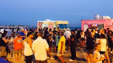 waterfront_foodtruck