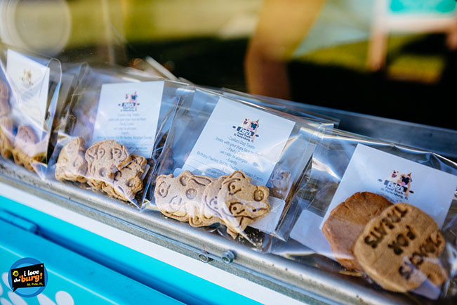 Selection of custom dog treats from Fido's Food Truck
