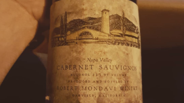 Photo of a red wine label