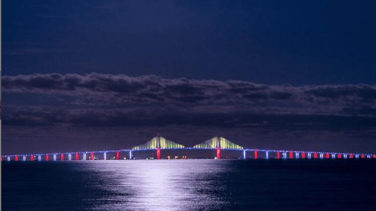 Illuminated skyway bridge