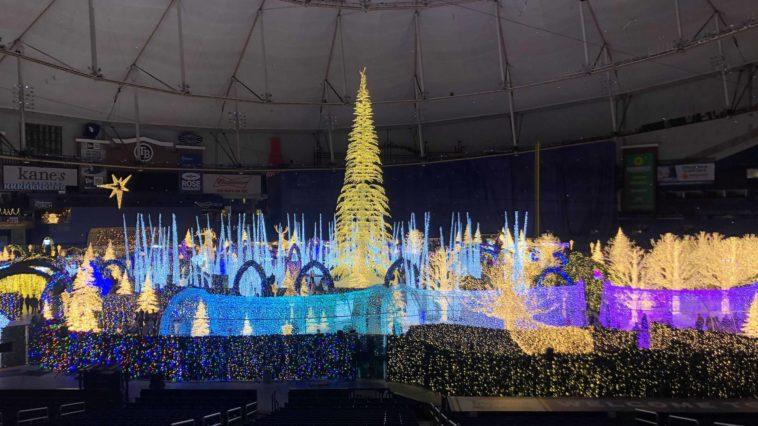 Photo of a giant Christmas lights display
