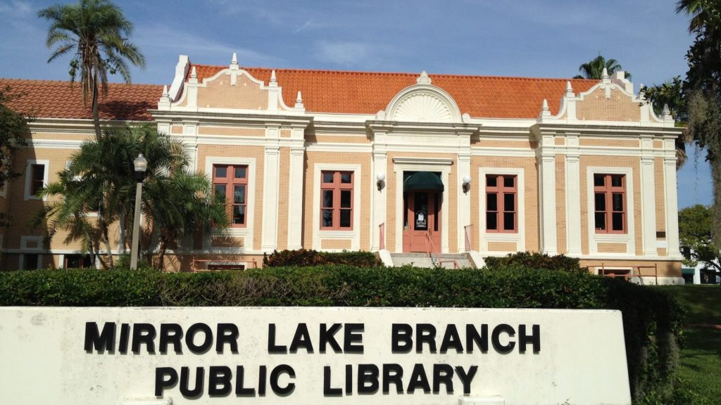 Photo of an old yellow library in Florida