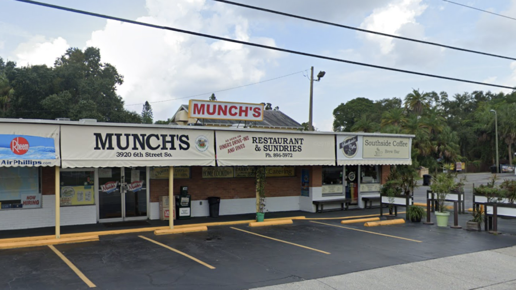 Exterior of a breakfast restaurant named Munch's
