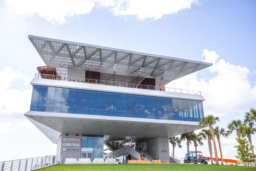 Photo of a 3-floor Bar/restaurant concept on the Pier